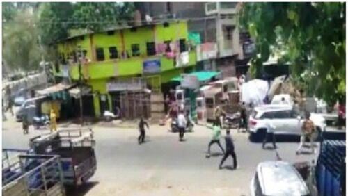 इंदौर :  पुलिस पर भीड़ ने किया पथराव,  6 लोग हुए गिरफ्तार