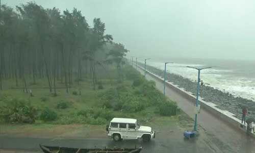 अम्फान तूफान ओडिशा की तरफ, भारी बारिश की आशंका