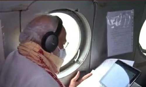 प्रधानमन्त्री ने हवाई सर्वेक्षण करके लिया बंगाल में नुकसान का जायजा