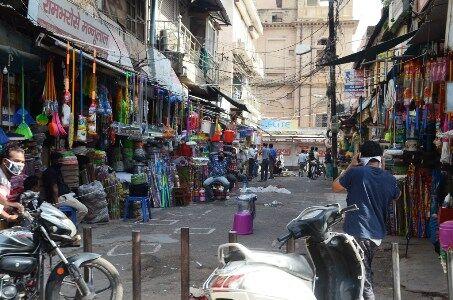 छह दिन खुलेगा बाजार, रविवार को टोटल लॉकडाउन की तैयारी
