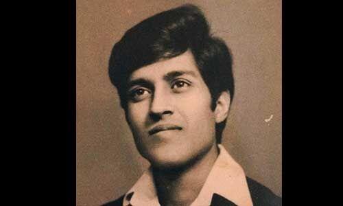 पिता को याद कर भावुक हुईं प्रियंका चोपड़ा, सोशल मीडिया पर शेयर की तस्वीर