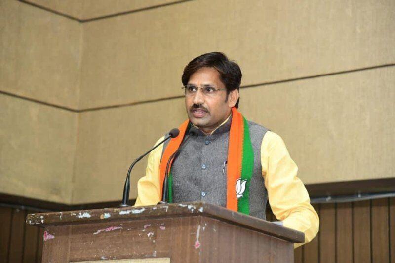 नवनिर्वाचित राज्यसभा सदस्य डॉ. सुमेर सिंह सोलंकी से मध्य स्वदेश की विशेष चर्चा