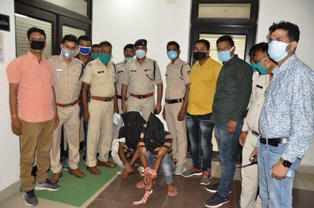 पुलिस को मिली बड़ी सफलता, 24 घंटे में लूट के आरोपी गिरफ्तार
