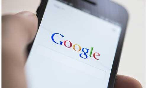 आप अपने स्मार्टफोन में क्या कर रहें, सब जानता है गूगल