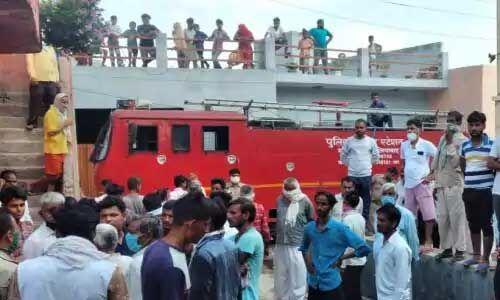 गाजियाबाद की अवैध फैक्ट्री में आग, 8 की मौत और 20 से अधिक घायल