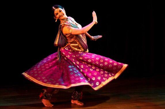 विद्यार्थियों ने जाना नृत्य में कैरियर का अतीत, वर्तमान और भविष्य
