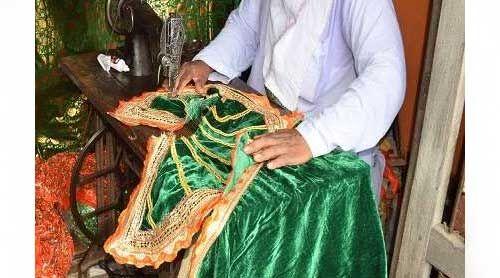 भूमि पूजन के दिन राम लला को पहनेंगे इस रंग की पोशाक, जानें उसकी खासियत