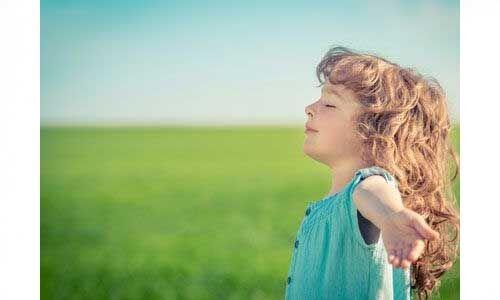शरीर की रोग प्रतिरोधक क्षमता बढ़ाती है गहरी सांस लेना