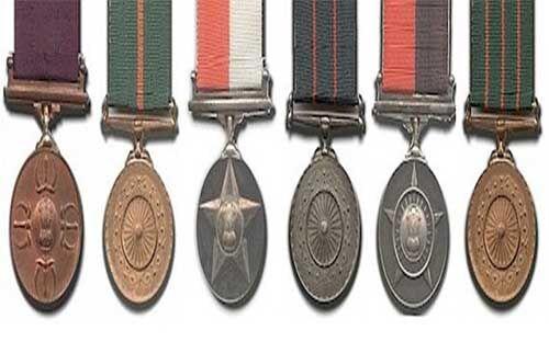 गृह मंत्रालय ने वीरता पुरस्कारों की घोषणा, स्वतंत्रता दिवस पर सम्मानित होंगे पुलिसकर्मी