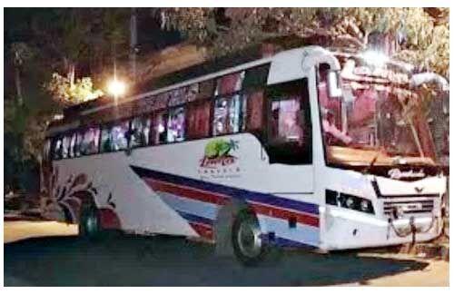 आगरा में बदमाशों ने बस हाईजेक की, 34 यात्रियों को लेकर फरार