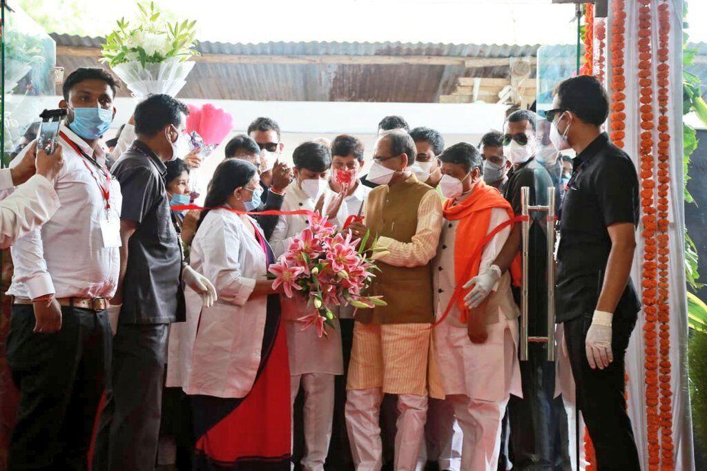 मुख्यमंत्री शिवराज सिंह ने सुपर स्पेशलिटी हॉस्पिटल का किया लोकार्पण