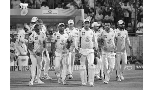 चेन्नई सुपरकिंग्स टीम का गेंदबाज और करीब 10-12 सपोर्ट स्टाफ निकला कोरोना पॉजिटिव