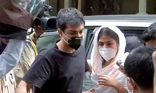 सुशांत सिंह केस : शौविक चक्रवर्ती की ड्रग डीलर संग लीक हुई व्हॉट्सऐप चैट