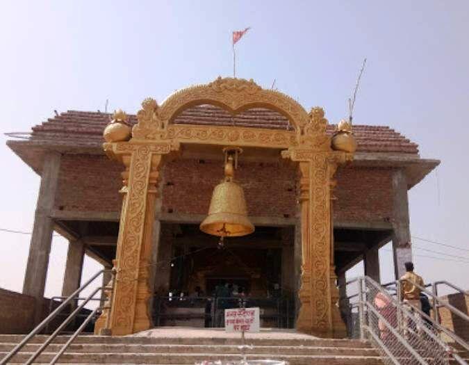 कलेक्टर ने की रतनगढ़ माता मंदिर निर्माण कार्यो की समीक्षा, दिए निर्देश