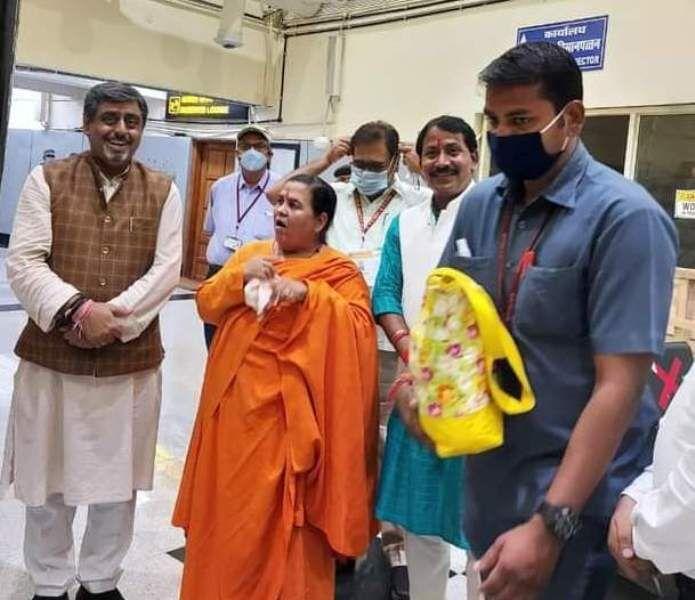 सिंधिया के भाजपा में शामिल होने के बाद कांग्रेस की ज्योति बुझ चुकी है: उमा भारती
