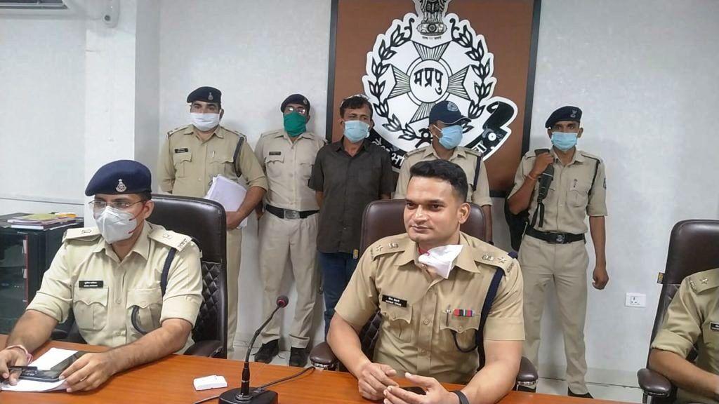 रतलाम में 80 लाख के मादक पदार्थ के साथ तस्कर गिरफ्तार