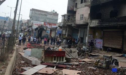 दिल्ली दंगों के 15 आरोपियों के खिलाफ 17500 से अधिक पेज की चार्जशीट दायर