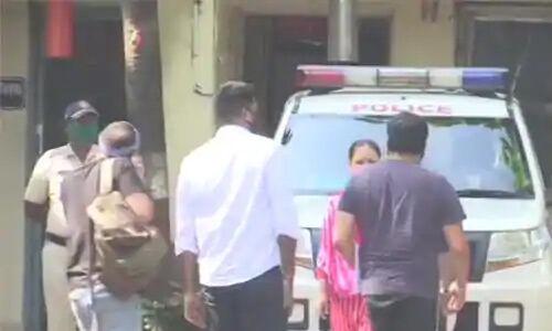 अनुराग कश्यप पहुंचे वर्सोवा पुलिस स्टेशन, यौन उत्पीड़न केस में होगी पूछताछ