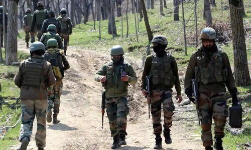 जम्मू-कश्मीर : कुलगाम में मुठभेड़, 2 आतंकवादी ढेर