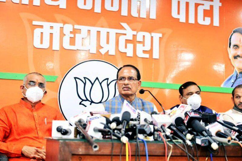 कांग्रेस के वचनपत्र पर भाजपा नेताओं का कटाक्ष, पहले भी वचन और वादे किए