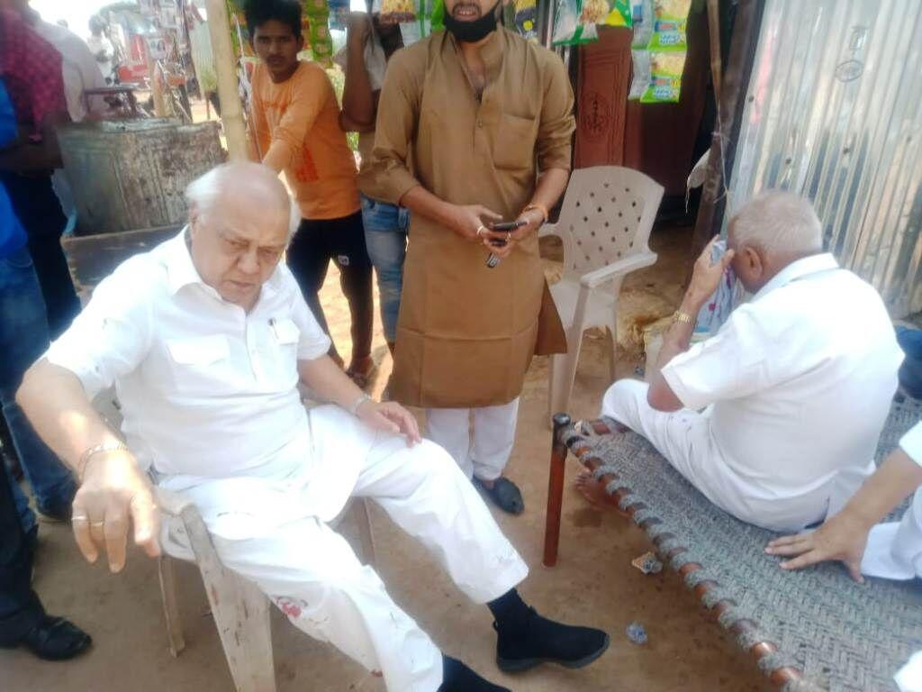 कमलनाथ की सभा में जा रहे दो पूर्व मंत्री सड़क हादसे में घायल, अस्पताल में भर्ती