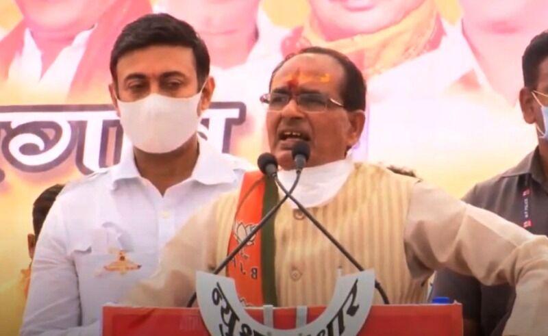 कमलनाथ ने जनहितैषी योजनाओं को बंद किया, हमने दोबारा शुरू किया : मुख्यमंत्री