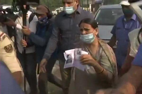 पूर्व मुख्यमंत्री ने सीएम कैंडिडेट तेजस्वी के साथ डाला वोट, बोलीं - बिहार में बह रही बदलाव की गंगा