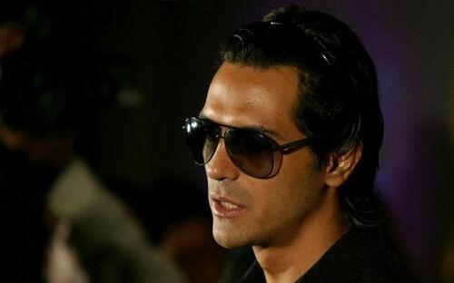 एनसीबी ने अभिनेता रामपाल के दोस्त पॉल को किया गिरफ्तार