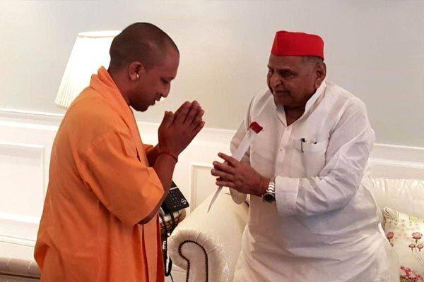 82 साल के हुए मुलायम, मुख्यमंत्री योगी ने दी जन्मदिन की बधाई
