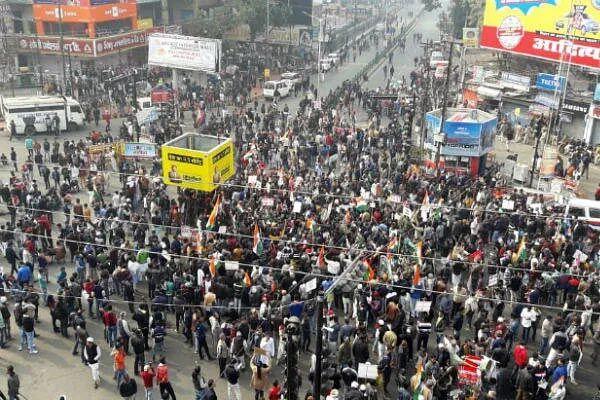 पटना : कृषि कानूनों की वापसी की मांग को लेकर सड़क पर उतरे वाम दल, राजद