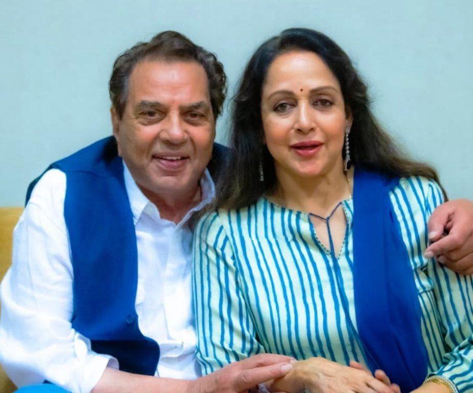 फिल्म अभिनेता धर्मेंद्र के जन्मदिन पर हेमा ने लिखा भावुक नोट