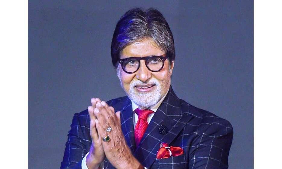 अमिताभ बच्चन ने ट्वीट कर बढ़ाया क्रिकेट टीम का हौंसला