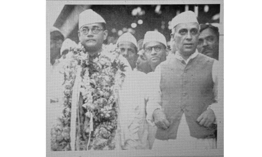 भारत के प्रथम प्रधानमंत्री बनाम स्वतंत्र भारत के प्रथम प्रधानमंत्री