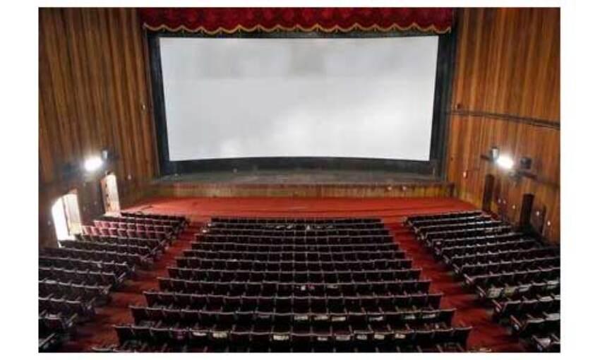 सिनेमाघरों में फरवरी से बढ़ेगी दर्शकों की क्षमता