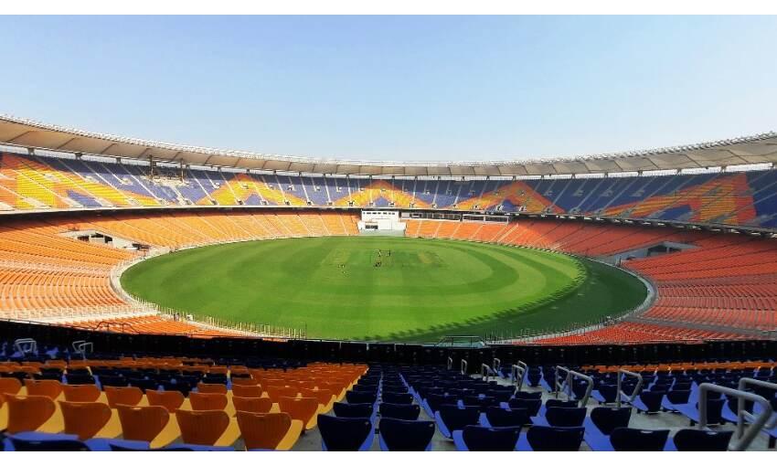 विश्व के सबसे बड़े स्टेडियम में खेला जायेगा डे नाइट टेस्ट, ये है खासियत
