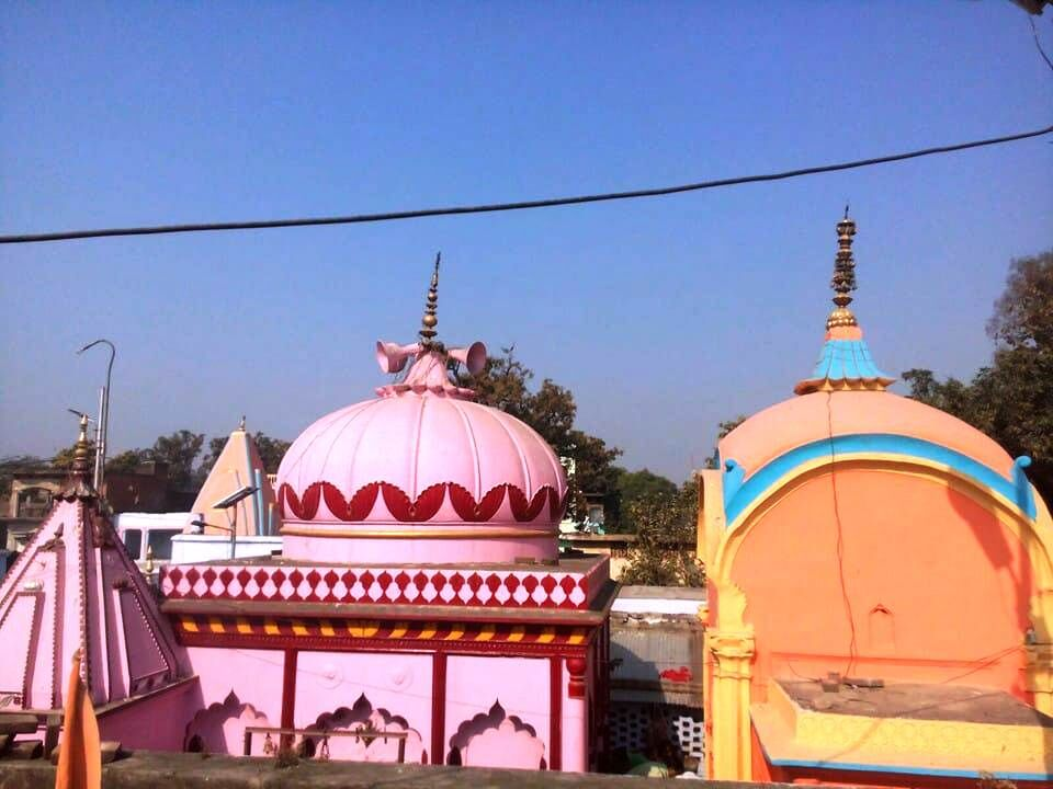 ऐतिहासिक है उतरौला में स्थित दुखहरण नाथ मंदिर