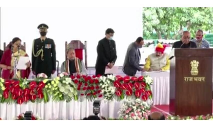 मुख्यमंत्री तीरथ सिंह रावत ने किया मंत्रिमंडल विस्तार, 11 मंत्रियों  ने ली शपथ