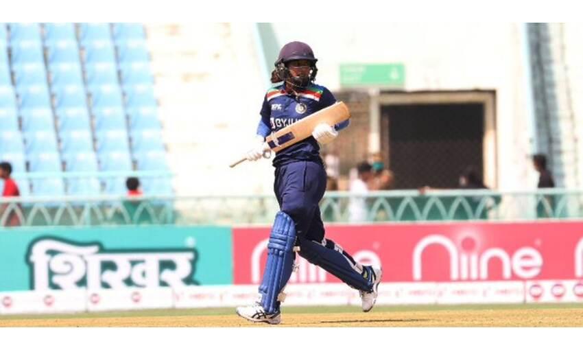 ICC ODI रैंकिंग में मिताली राज पहले स्थान पर कायम, जानिए टॉप 10 में कितने भारतीय शामिल