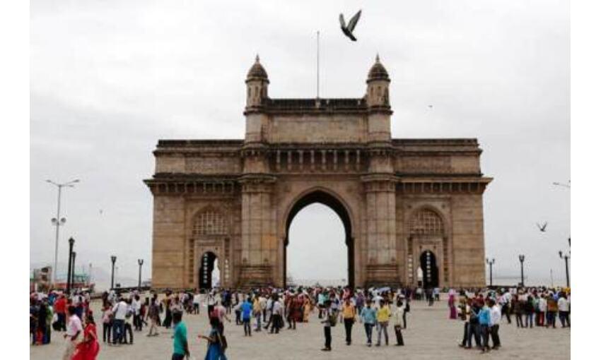 महाराष्ट्र के 20 जिले अनलॉक, मुंबई में आंशिक राहत