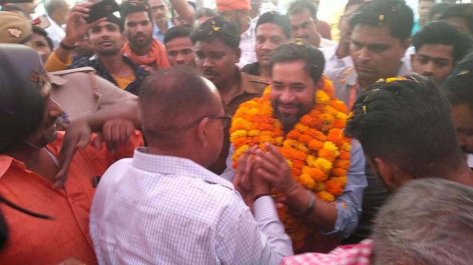 संसद में अखिलेश को आजमगढ़ की नहीं आजम खान की होती है चिंता: दिनेश लाल यादव निरहुआ