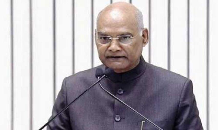 राष्ट्रपति ने मंजूर किए 12 केन्द्रीय मंत्रियों के इस्तीफे