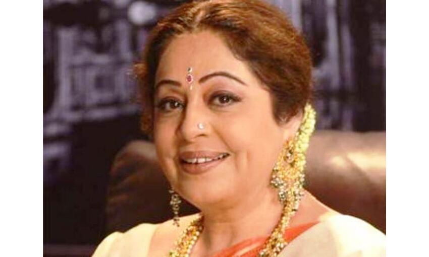 फिल्म अभिनेत्री किरण खेर को हुआ कैंसर, अनुपम खेर ने किया ट्वीट
