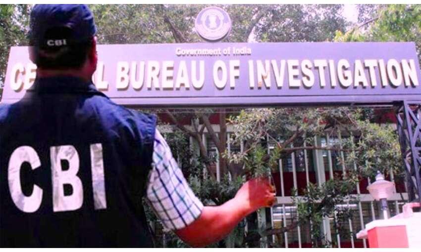 सीबीआई की टीम पूर्व गृहमंत्री पर लगे आरोपों की जांच के लिए महाराष्ट्र पहुंची