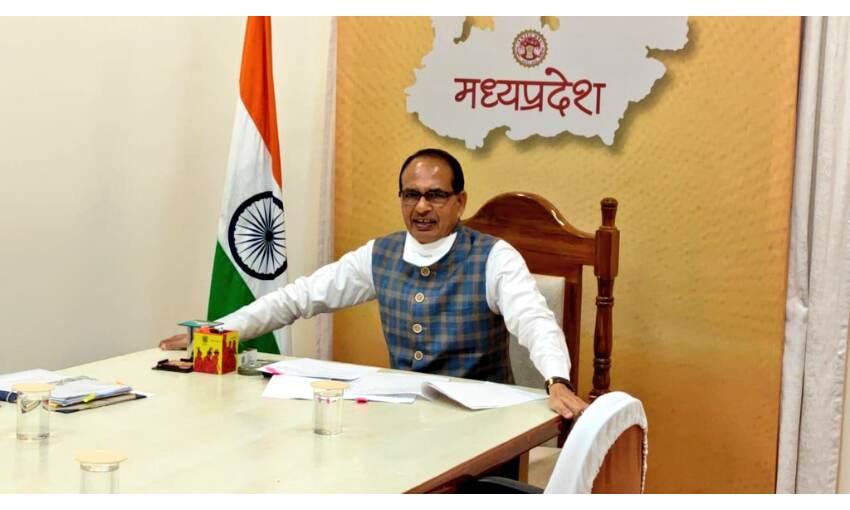 मप्र में 21 लाख मजदूरों को तीन माह नि:शुल्क राशन और काम मिलेगा : मुख्यमंत्री