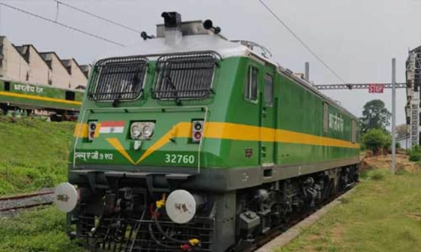 देश में कोरोना बढ़ने के साथ जारी रहेगी रेल सेवा : रेलवे बोर्ड