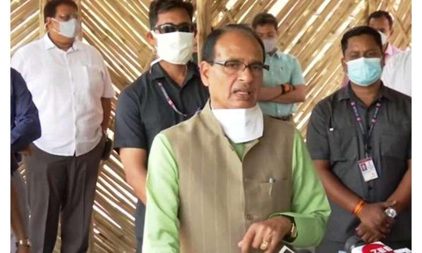 कोरोना की चेन तोड़ना आवश्यक, 30 अप्रैल तक बिना काम नहीं निकले घर से बाहर : मुख्यमंत्री