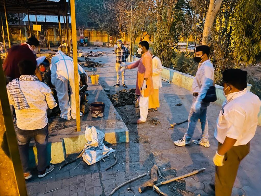 शव लेने से परिवार ने किया मना, स्वयंसेवकों ने ग्वालियर में कराया आगरा की महिला का अंतिम संस्कार
