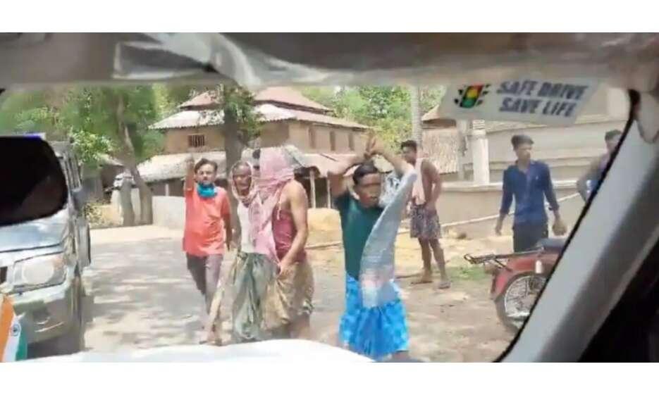 बंगाल में नहीं थम रही हिंसा, केंद्रीय मंत्री मुरलीधरण के काफिले पर हमला, बाल - बाल बचे