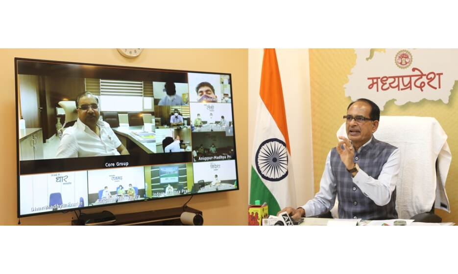 गांवों में माइक्रो कंटेनमेंट जोन बनाकर कोरोना संक्रमण को रोका जाए : मुख्यमंत्री