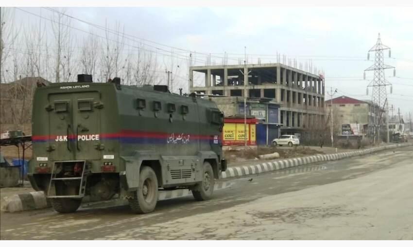 श्रीनगर मुठभेड़ में सुरक्षाबलों ने दो सैनिकों को ढेर किया, तलाशी अभियान जारी